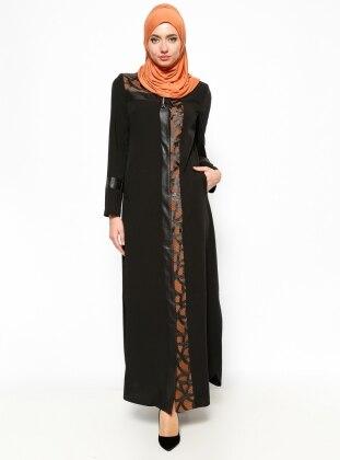 Hidden Button Abaya - Black - Esswaap