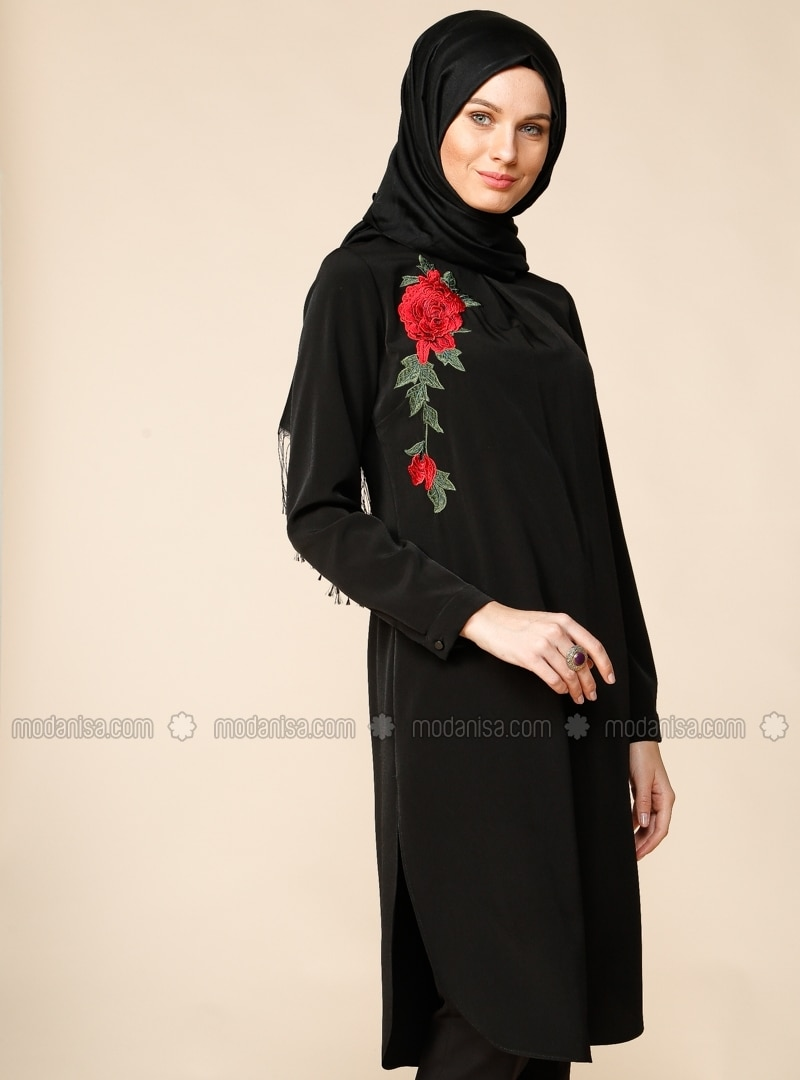 Хиджабы Туники