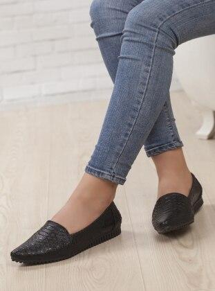 Ayakkabı Havuzu Ayakkabı - Siyah