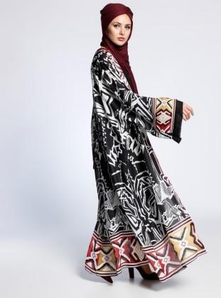 AJAL Desenli Kolsuz Elbise&Ferace İkili Takım - Siyah Beyaz