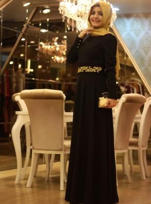 Düz Nakışlı Elbise - Siyah