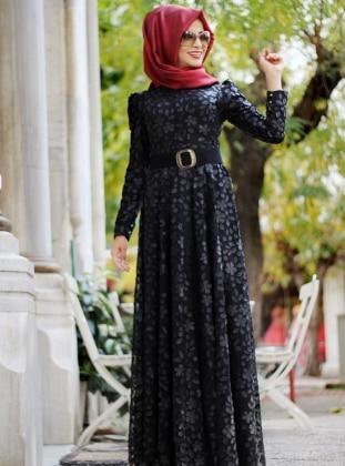 Derili Çiçekli Elbise - Siyah
