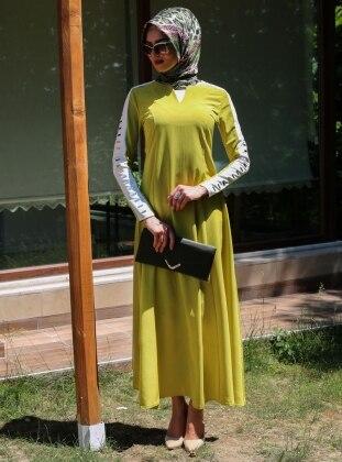Metal Detaylı Elbise - Sari - Refka