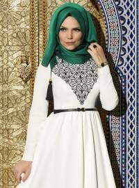 Püsküllü Şal - Zümrüt Yeşili - Muslima Wear