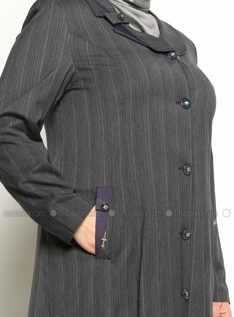 gro e gr en cape mantel pardes mantel marineblau. Black Bedroom Furniture Sets. Home Design Ideas