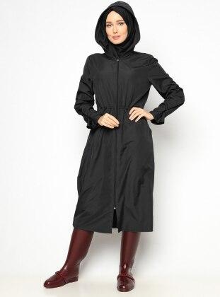 Hooded Raincoat - Black - Vivezza