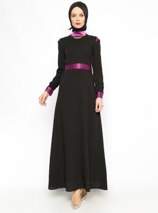 Vivline Kemerli Elbise - Siyah - Vivezza