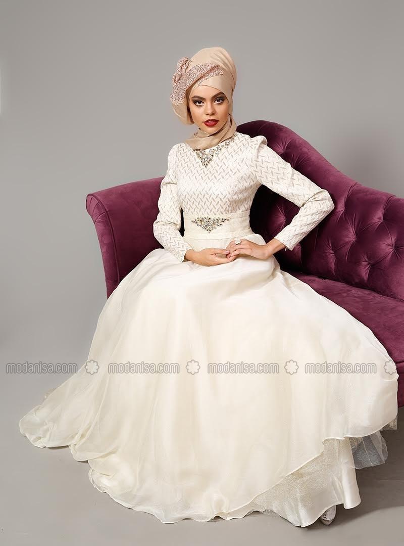 Related pictures armine tak elbise tesett abiye modelleri - Ta L Abiye Elbise Ekru Armine