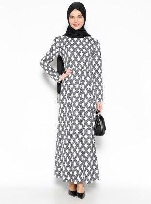 Pileli Elbise - Siyah Beyaz