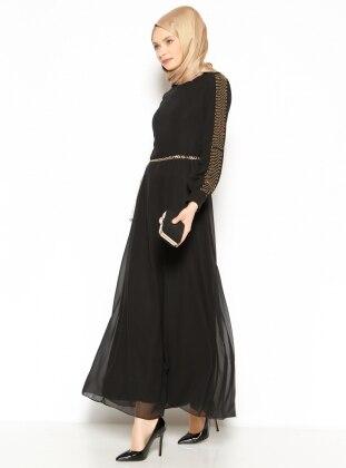 Zincir Detaylı Elbise - Siyah Mileny
