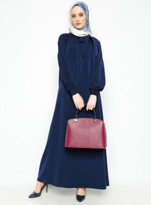 Sabır Tesettür Büzgü Detaylı Elbise- Lacivert