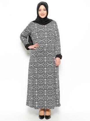 Neslihan Triko Desenli Elbise - Siyah Taş