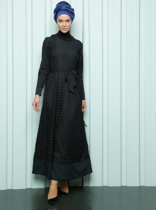 Advanced Belt Dress - Black