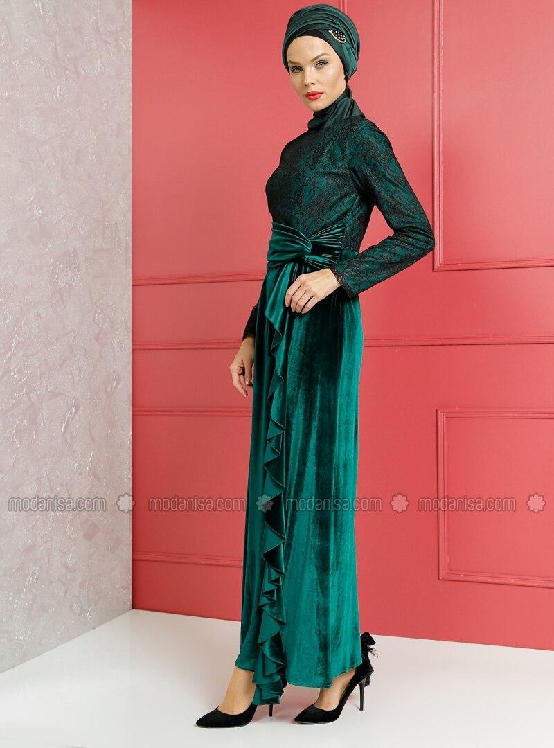 Lace Detail Velvet Evening Dress