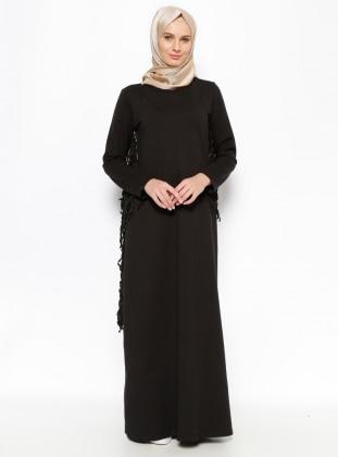 Püskül Detaylı Elbise - Siyah