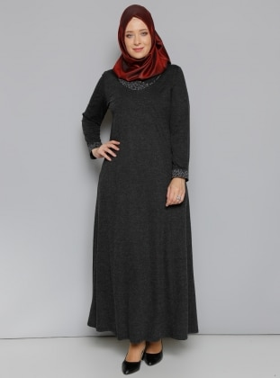 Yaka Detaylı Elbise - Siyah