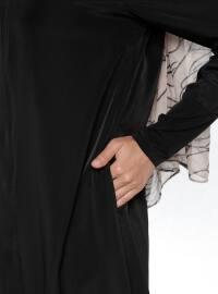 Black - Unlined - Polo neck - Abaya