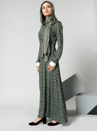 Natürel Kumaşlı Yaka Detaylı Elbise - Haki Refka