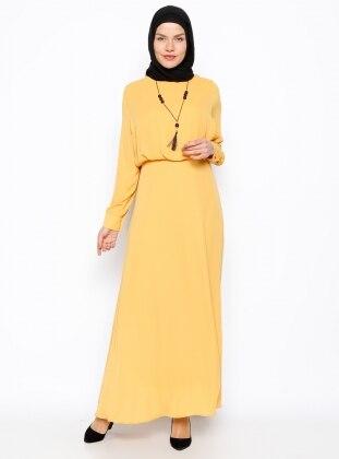 Kolyeli Elbise - Safran