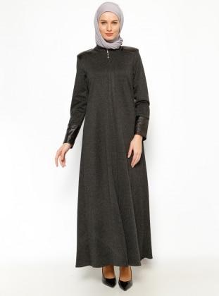 Abaya – Black – Jamila