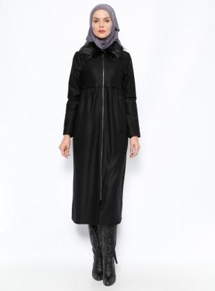 Kürklü Keçe Kaban - Siyah Modesty
