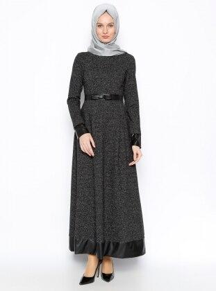 Deri Kemerli Elbise - Siyah