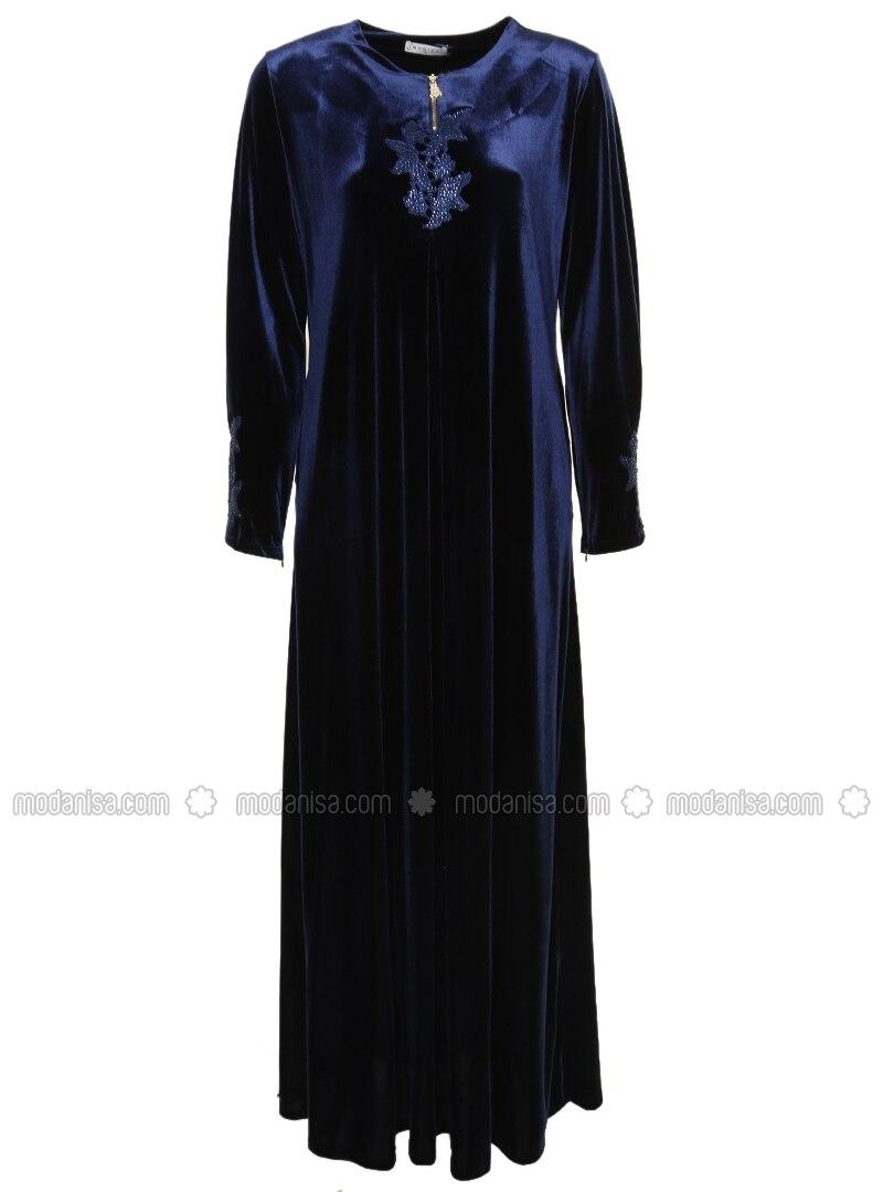 robe en velours bleu marine ginezza. Black Bedroom Furniture Sets. Home Design Ideas