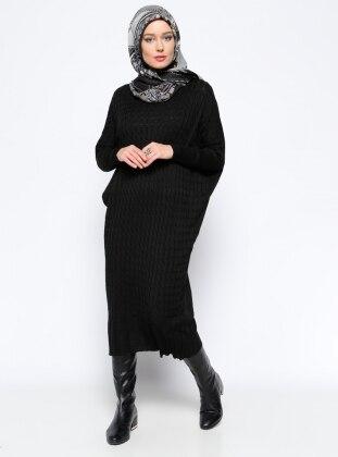 Yarasa Kollu Triko Elbise - Siyah