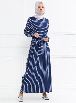 Çizgili Nakış Detaylı Elbise - Lacivert