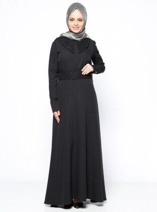 Beha Dantel Detaylı Elbise - Siyah