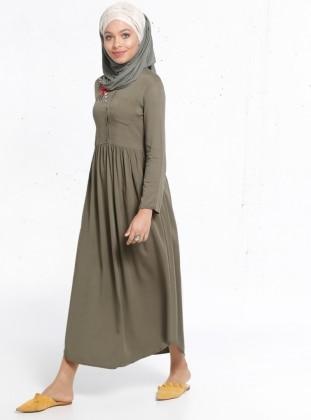 Natürel Kumaşlı Nakış Detaylı Elbise - Haki