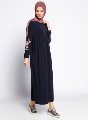Kolları Nakışlı Elbise - Lacivert