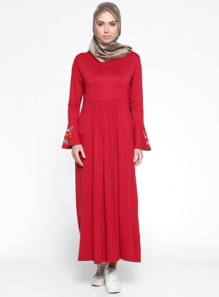 Kol Ucu Nakış Detaylı Elbise - Bordo