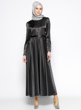 Pileli Elbise - Siyah