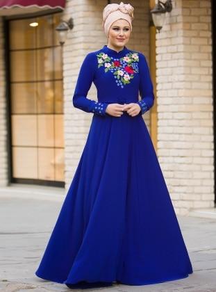 Bahar Nakışlı Elbise - Saks