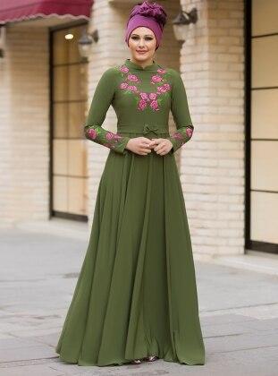 Benefşe Nakışlı Elbise - Haki