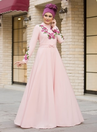 Benefşe Nakışlı Elbise - Pudra