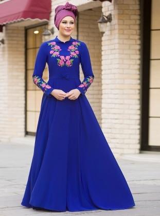 Benefşe Nakışlı Elbise - Saks