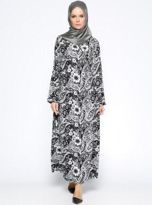 Desenli Namaz Elbisesi - Siyah Beyaz