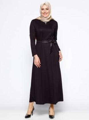 Kolye Detaylı Elbise - Mürdüm
