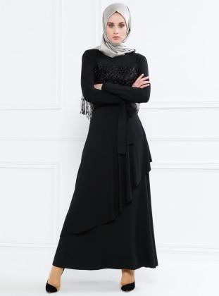 Doğal Kumaşlı Volan Detaylı Elbise - Siyah