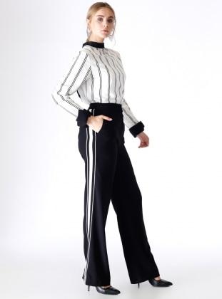 Yanı Şeritli Bol Paça Pantolon - Siyah