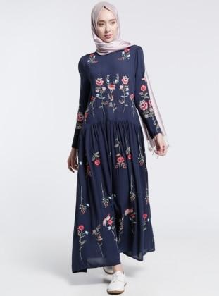 Natural Kumaşlı Nakışlı Elbise - Lacivert