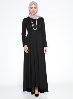 Kolyeli Elbise - Siyah