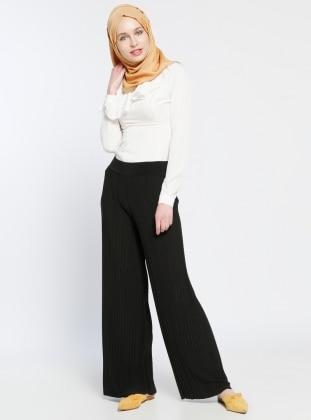 Piliseli Pantolon - Siyah Dadali