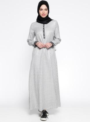 Puantiyeli Elbise - Beyaz Siyah