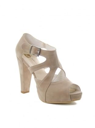 Ayakkabı - Bej Ayakkabı Havuzu