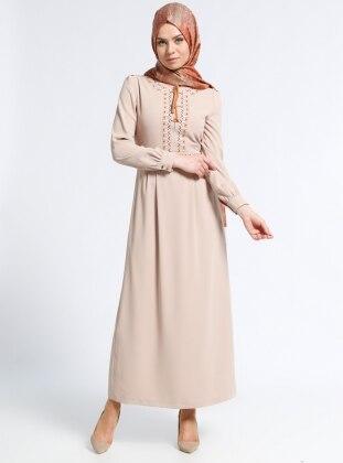 Nakış Detaylı Elbise - Bej Kayra