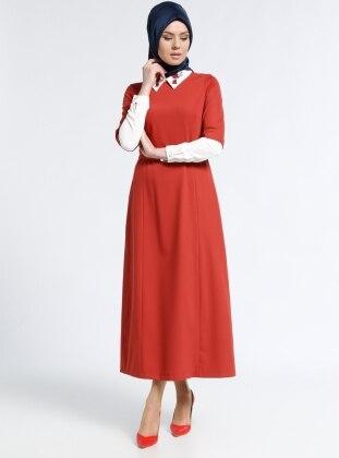 Yakası Nakışlı Elbise - Kiremit Kayra