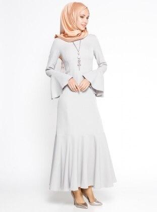 Volan Detaylı Elbise - Gri